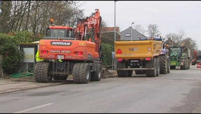 Vrachtwagens negeren omleiding Wiekevorst
