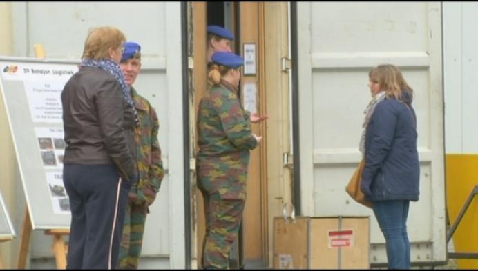 Jobdag defensie in Herentals lokt veel geïnteresseerden
