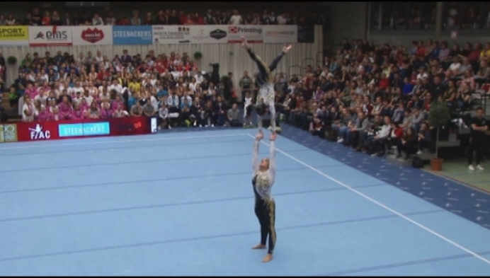 Topgymnastiek in Puurs met de World Cup Acro