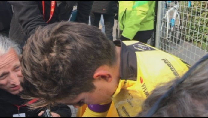 Wout Van Aert 22ste na Parijs-Roubaix vol pech