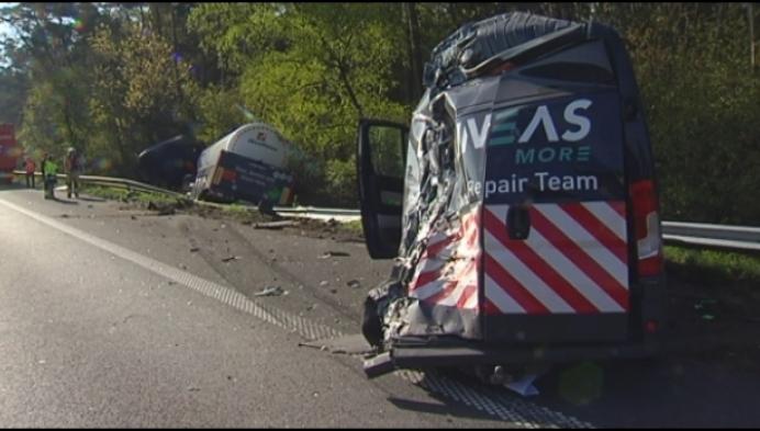 Zwaar ongeval veroorzaakt verkeersellende op E313