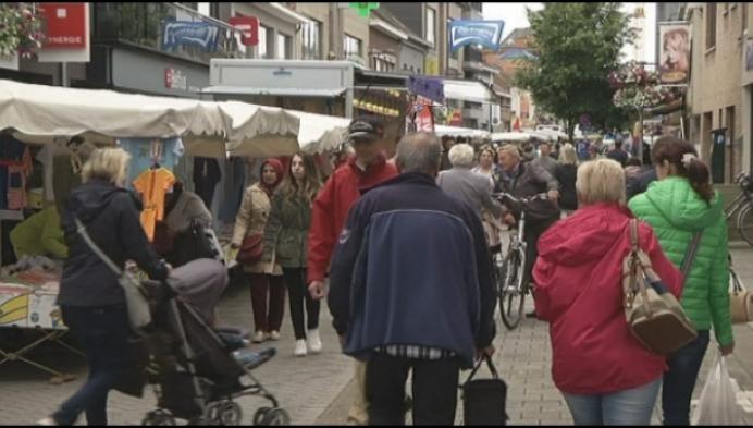 Wekelijkse markt Bornem verhuist terug naar Cardijnplein