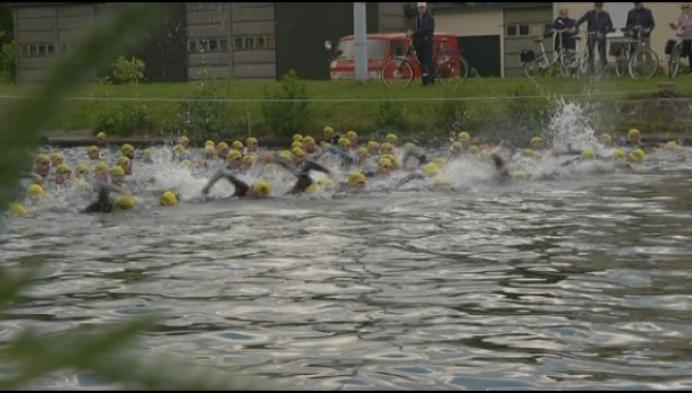 Tim Brydenbach wint sprinttriatlon in Geel ten Aard
