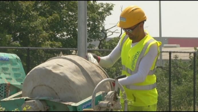 Tips voor bouwvakkers die buiten werken onder loden hitte