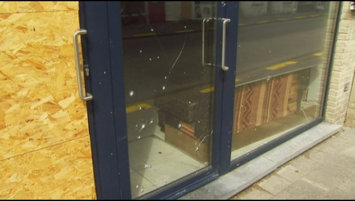 Shishabar maand langer dicht na granaatontploffing