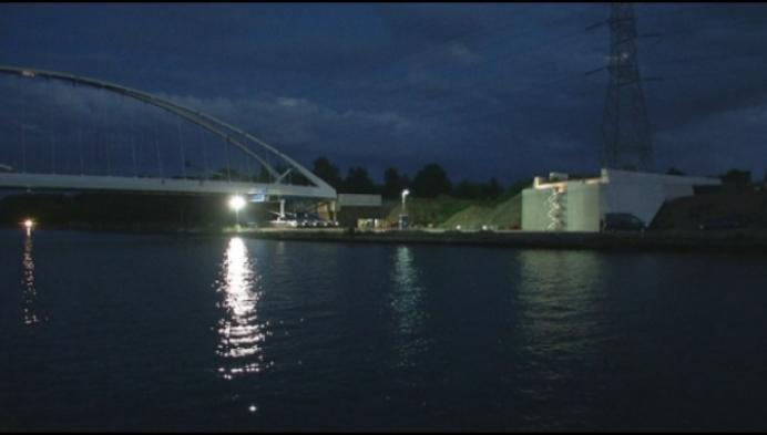 Veel interesse voor verplaatsen gigantische kanaalbrug