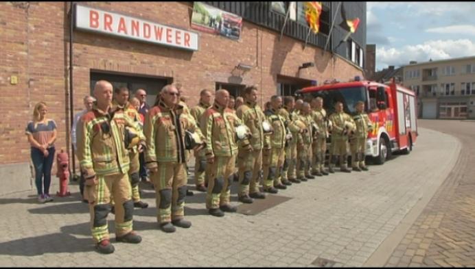 Brandweer houdt minuut stilte voor overleden collega's