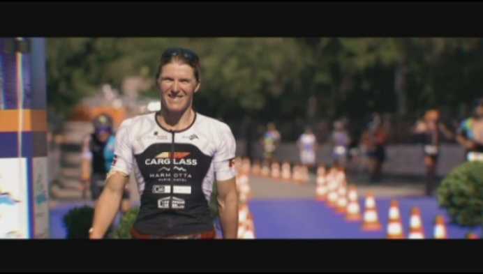 Tine Deckers tweede in loodzware triatlon Franse Alpen
