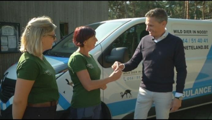 Nieuwe dierenambulance voor VOC Neteland