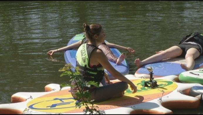 Yoga op de Lierse Nete: een extra dimensie rust