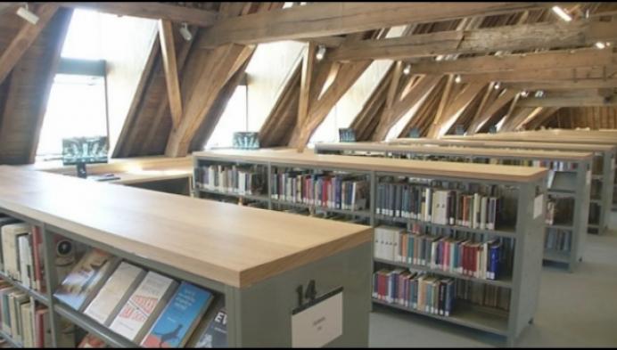 Nieuwe bibliotheek Predikherenklooster opent met grote parade en feest