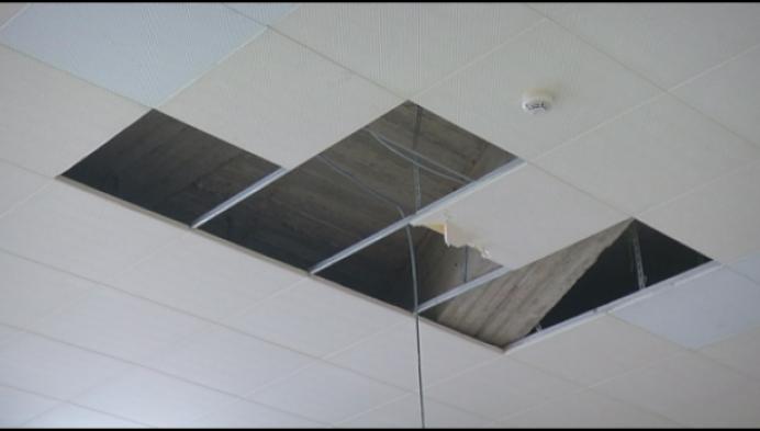 Plafondtegels komen naar beneden in conservatorium Mechelen