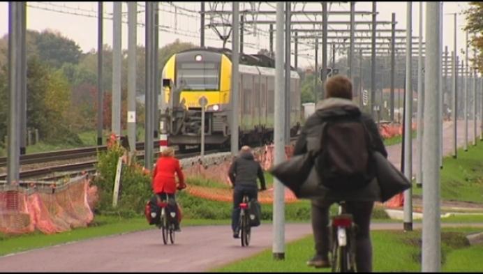 Eerste fietsers op fiets-o-strade: maar mag (nog) niet