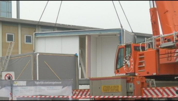 Containers vormen tijdelijke lokettenzaal station Mechelen