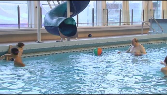 Laatste weekend zwemmen in oud zwembad Heist
