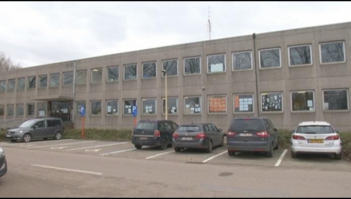 Komt er een nieuwe school in oude douanegebouw?