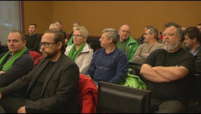 """Vakbonden: """"Zoveel kaderleden bij Janssen Pharma, dat klopt niet!"""""""