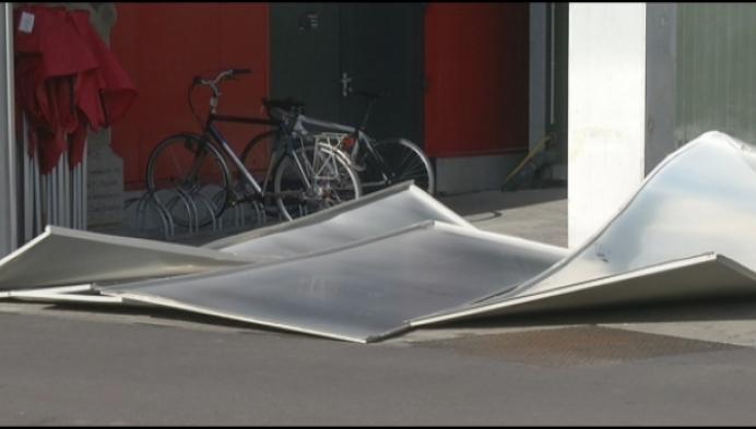 Ook KV Mechelen deelt in de klappen door stormweer
