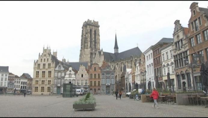 Stad Mechelen vraagt horeca om terrassen af te breken