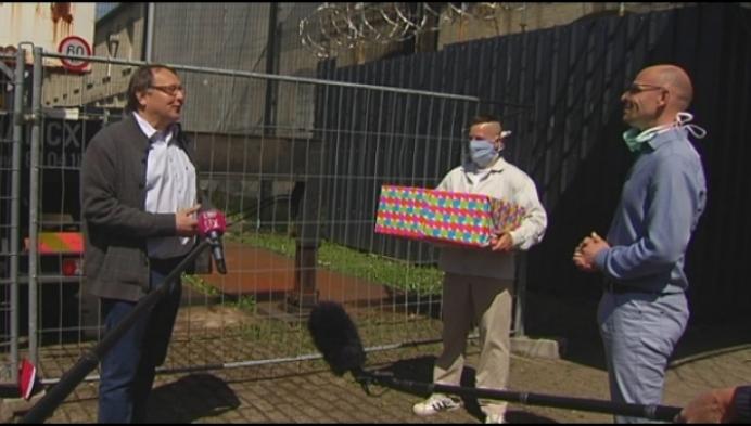 Gevangenen schenken 500 mondkapjes aan gemeente
