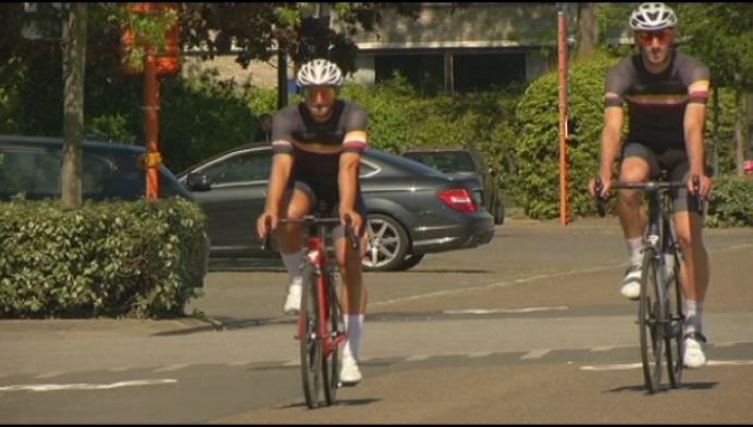 Wielervrienden fietsen 100 uur voor het goede doel