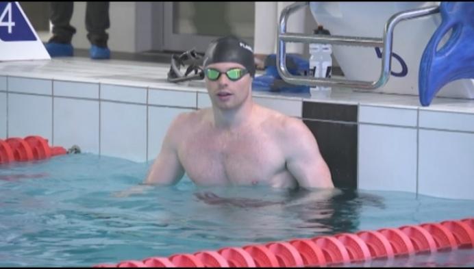 Topzwemmer Louis Croenen hoopt op snelle heropening zwembaden