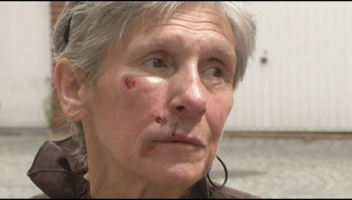 Reddende engel berooft vrouw op brutale manier
