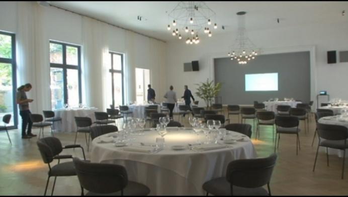 Salons Van Dijck steekt in het nieuw, maar grote feesten nog niet mogelijk