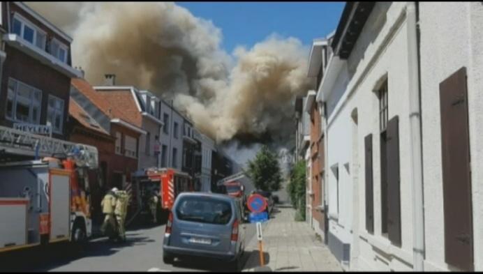 Woning Turnhout helemaal vernield door brand