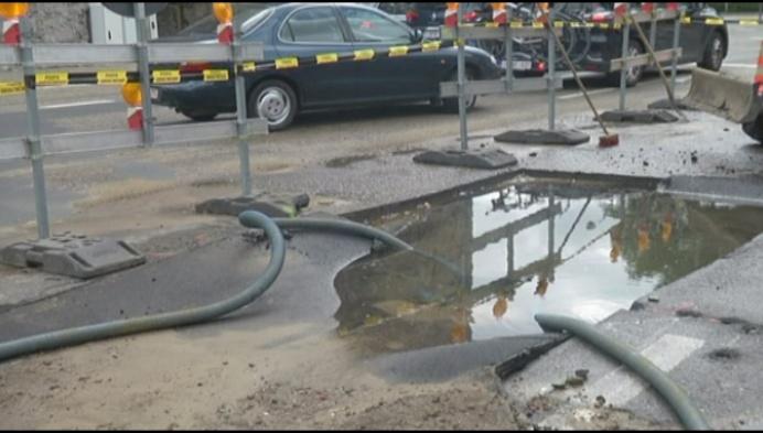 Breuk in waterleiding zorgt voor veel hinder aan Brusselpoort