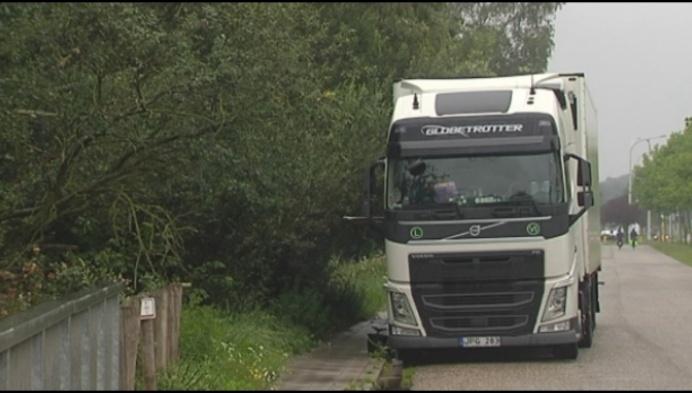 """Herentals verbiedt truckers in Oud-Strijderslaan: """"Te veel overlast"""""""