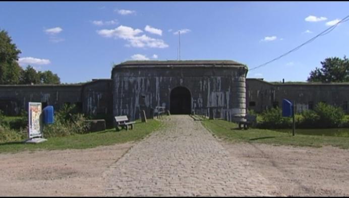 Opvallend: Fort Van Kessel dreigt weg te zakken