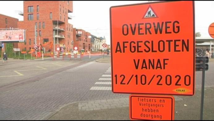 Spoorwegovergang stationsplein Geel een maand dicht