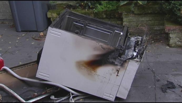 Afwasmachine vat vuur, rookmelder redt bewoners