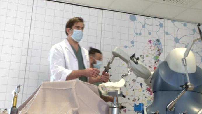 Heilig Hartziekenhuis plaatst heup- en knieprothesen voortaan met robot