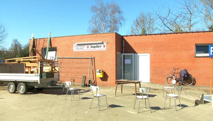 Tafeltennisclub Hallaar investeert in nieuw lokaal