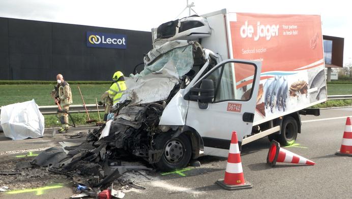 Extra signalisatie na derde zwaar ongeval op E313 in Geel