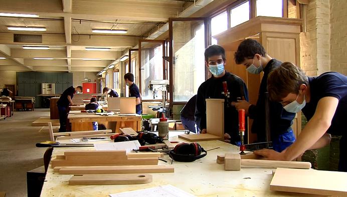 4de jaars TSM doen houtproef ook in coronatijd