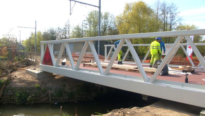 Laatste nieuwe fietsbrug voor fietsostrade Herentals-Balen