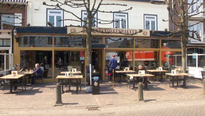 Terrassen gaan open in Baarle-Nassau: ook Belgen op terras