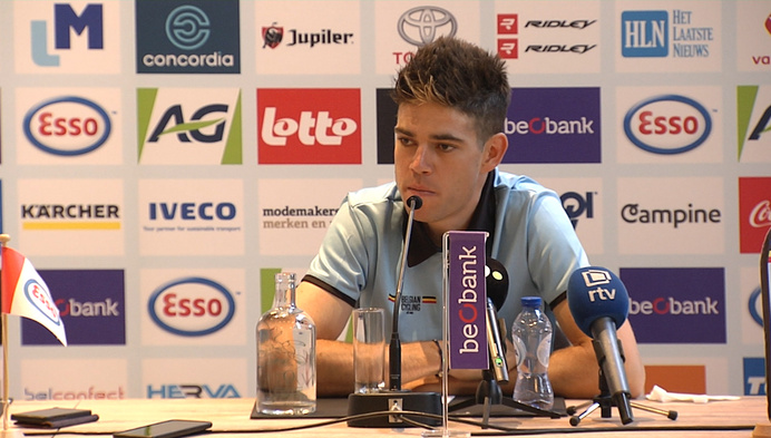 """Van Aert ontspannen voor zondag: """"Hopelijk roepen de supporters me naar winst !"""""""