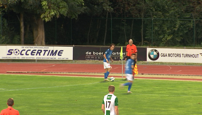 Turnhout wint met 2-0 van Racing Mechelen en pakt zo zijn eerste thuiszege