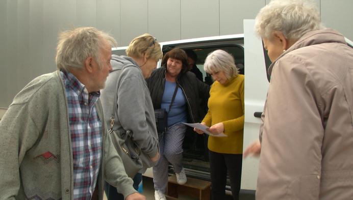 'De Winkelbus' brengt senioren naar winkelcentrum Breebos