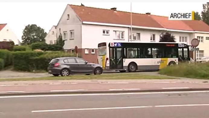 De lijn schrapt in het busaanbod