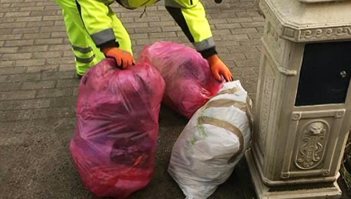 Roze vuilniszakken zijn succes